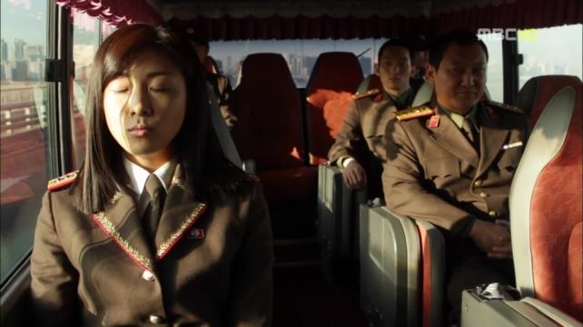 3 Perwira Korut dalam perjalanan menuju Korsel. Foto: cicilalalang.blogspot.com